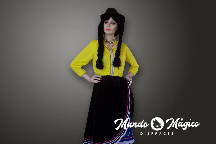 Indígena blusa amarilla
